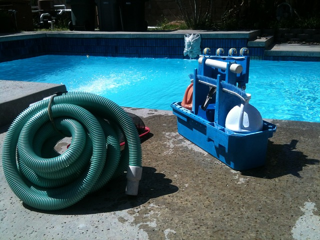 čistič bazénu