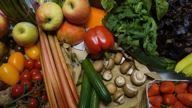 ovoce, zelenina a houby